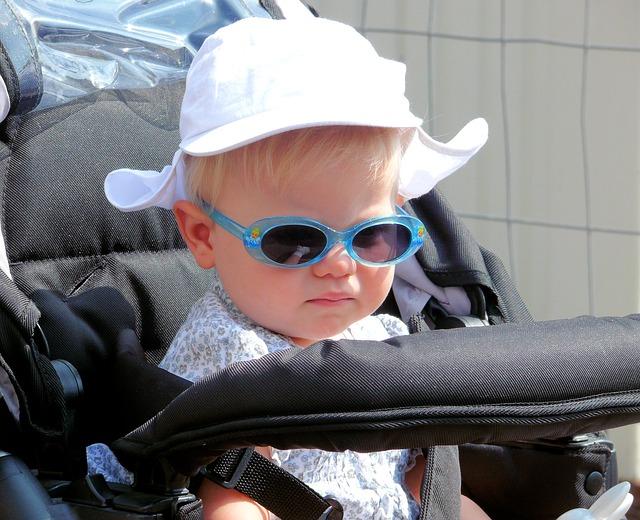 Quando e quanto portare a passeggio il neonato?