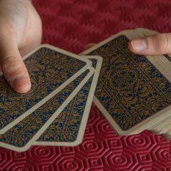 I tarocchi a basso costo dal cellulare per avere un consulto lungo e professionale