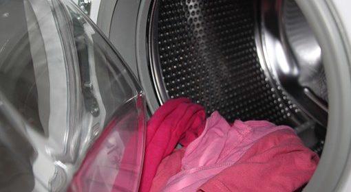 Scegliere il detersivo per lavatrice in polvere o liquido