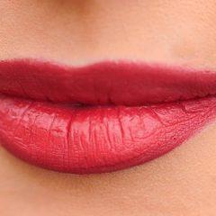 Labbra perfette femminili: ecco che forma hanno secondo la scienza