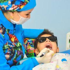 Dentista e bambini: un rapporto spesso difficile