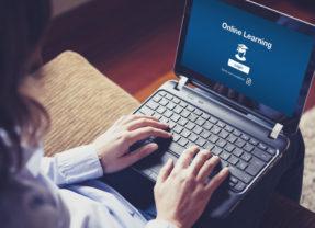 Diplomarsi online in maniera veloce